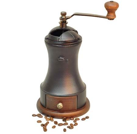 Ручная кофемолка.