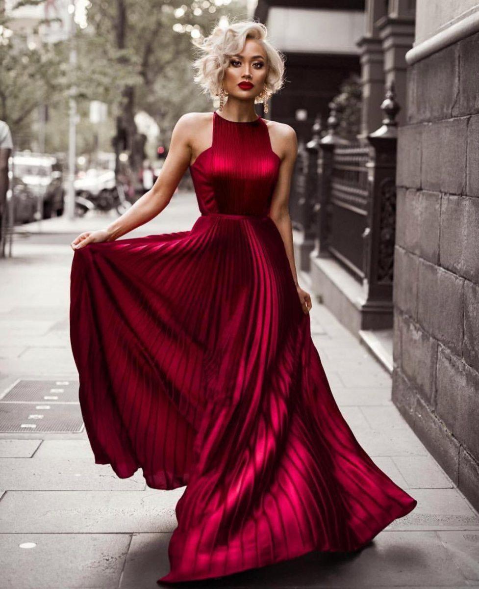 Модные платья для выпускного 2019 картинка