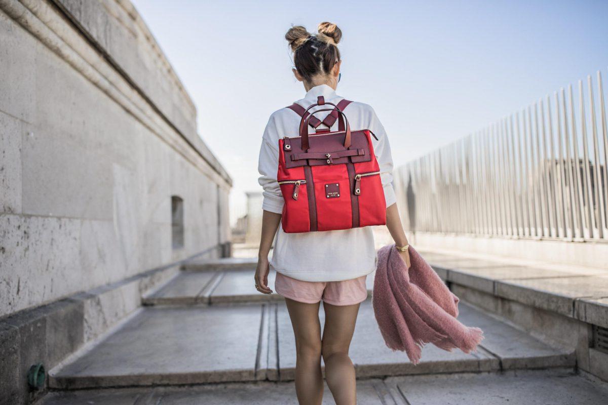 8e78d1da308d Женская сумка рюкзак-трансформер: 70 фото